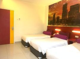 Liberta Hub Singosari Malang, hotel near Abdul Rachman Saleh Airport - MLG, Malang