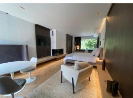 Le19 Suite Lucy, apartment in Namur