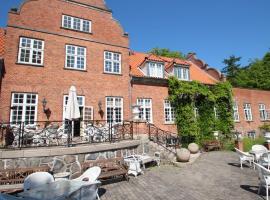 Sauntehus Castle Hotel, hotel i Hornbæk