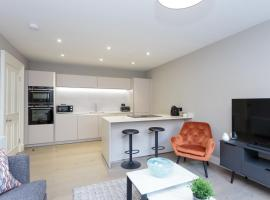Melville St Luxury Central Apartment Free Parking, hotel di lusso a Edimburgo