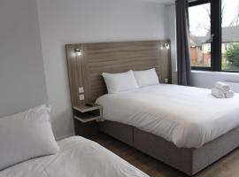 Sky Nights Hotel London Heathrow, hotel near Eastcote, Hillingdon