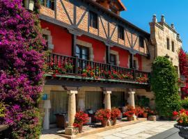 Costa Esmeralda Suites, hotel en Suances