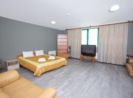 Комплекс апартаментов Ристория, hotel in Kotel'niki