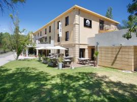 Suite Home Aix en Provence Sud TGV, hotel in Bouc-Bel-Air
