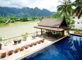 Silver Naga Hotel, hotel in Vang Vieng
