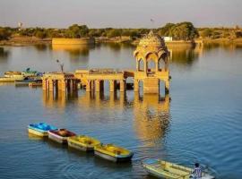 S k k safari, hotel in Jaisalmer