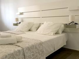 La Pimentera Centro - Apartamentos muy espaciosos con entrada independiente en pleno corazón de Marbella, lägenhet i Marbella