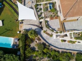 LITHARI VILLA, villa in Agios Nikolaos