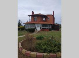 Villa Babelis traditional & comfort with seaview, hotel in Ímeros