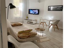 Jolie appartement T2 avec parking, apartment in Béziers