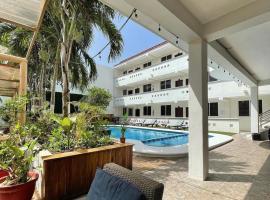Hotel Xibalbá, hotel near Playa del Carmen Maritime Terminal, Playa del Carmen