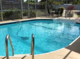 VERY NICE ROOM !!!!!!, Ferienunterkunft in Cape Coral