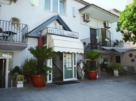 Hotel Calypso, hotell i Pompei