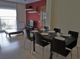 Alguera Apartments Sant Andreu, hotel near La Maquinista Shopping Centre, Barcelona