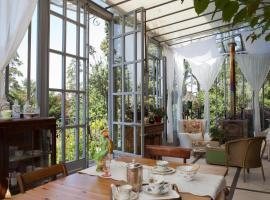 La Pluie de Roses, B&B/chambre d'hôtes à Giverny