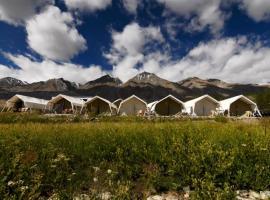 Wonderland Camp, luxury tent in Kakstet