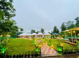 Padmaa Farms, luxury tent in Karjat