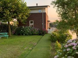 Water Villa Minaro Vinkeveen, self catering accommodation in Vinkeveen