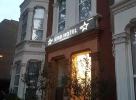 Star Hotel, hotel near Northwood, London