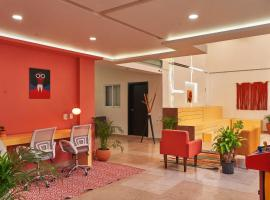 Nora Hotel & Coliving, hotel em Guadalajara