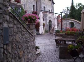 Al Piccolo Borgo Locanda Con Alloggio, hotel in Castelnuovo Parano