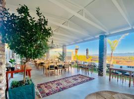 Mooiplaas Guesthouse, hotel in Oudtshoorn