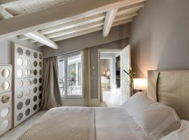 Cavalieri Palace Luxury Residences, hotel near Piazza della Signoria, Florence