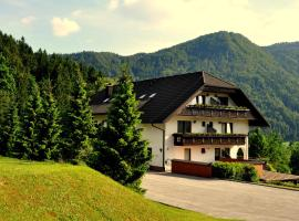 Nature Hotel Lukanc, hotel in Bled