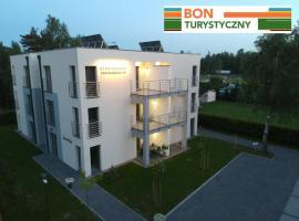 Apartamenty Szmaragdowa 10, family hotel in Mielno