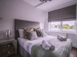 A Happy Home in Barry, hotel near Cardiff Airport - CWL,
