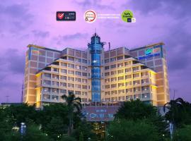 Hotel Ciputra Semarang managed by Swiss-Belhotel International, hotel in Semarang