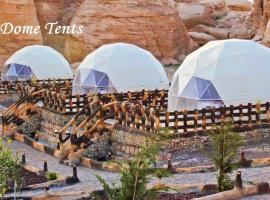 Seven Wonders Luxury Camp, luxury tent in Wadi Musa