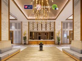 Swiss-Belhotel Solo, hotel in Solo