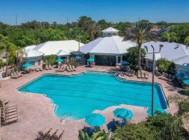 Resort-Style Condo Near Disney World, hotel in Kissimmee