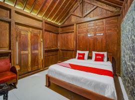 OYO 90519 Warmo Cottage, hotel in Pasuruan