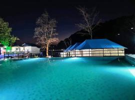 Yrelka Holiday Camps, luxury tent in Dharamshala