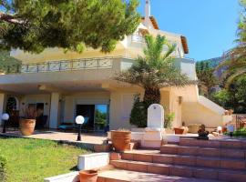PortoRafti seaview garden Villa, pet-friendly hotel in Porto Rafti
