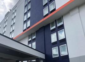Comfort Inn & Suites Alexandria Van Dorn Street, hotel in Alexandria