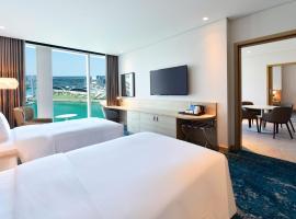 Hilton Garden Inn Bahrain Bay، فندق في المنامة