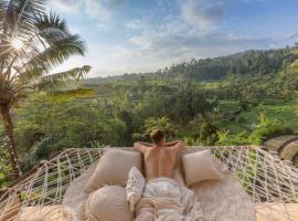 ✰ Camaya Bali Suboya - Magical Bamboo House ✰, hotel in Selat