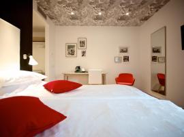 Hotel Luise, hotel in Riva del Garda