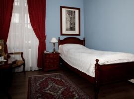 Hotel Zámek Štiřín – hotel w pobliżu miejsca Muzeum Techniki Wojskowej w Lešanach w mieście Kamenice