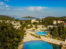 Aminess Port 9 Hotel, hotel in Korčula