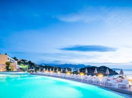 Blue Marine Resort and Spa Hotel - All Inclusive, hotel in Agios Nikolaos