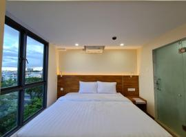 23 HOTEL & RESIDENCE, apartment in Yangon