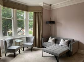 No 73 by CoffiCo, hotel in Cardiff
