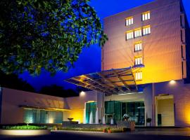 Blue Diamond Pune IHCL SeleQtions, hotel in Pune