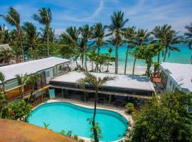 Red Coconut Beach Hotel Boracay, hôtel à Boracay