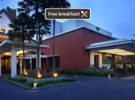 Hotel Santika Premiere Malang, accessible hotel in Malang