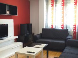 Apartamento amplio y luminoso, hotel near International University of La Rioja, Logroño
